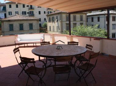 Attico-con-100-mq-di-terrazza