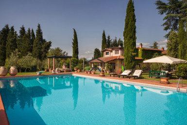 Prestigiosa-villa-con-piscina-e-terreno